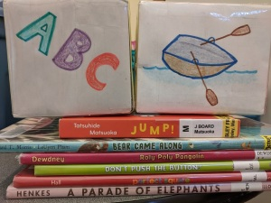 Song cubes and picture books